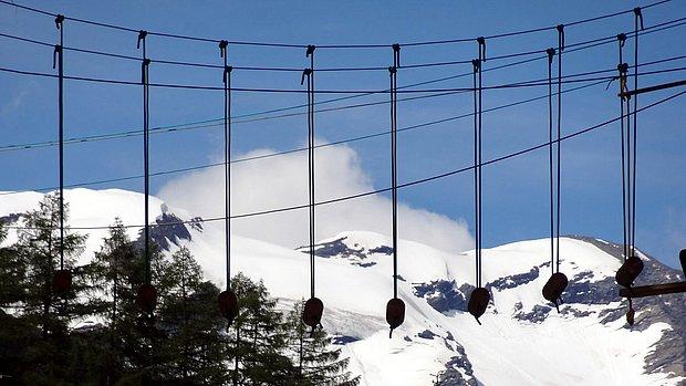 Ein Wadseilpark mitten in den Bergen am Ende des Virgentales.