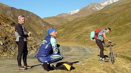Die Route führt vom Gasthof Islitzer über den Dorferalmweg zur Johannishütte (2.121 m)