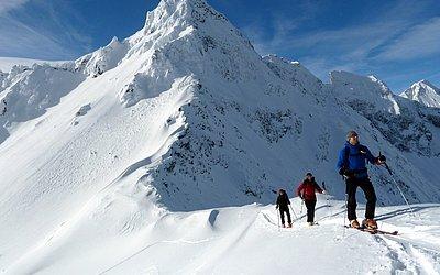skitouren-schneeschuhwandern-winterwandern-virgen-virgental (2).JPG