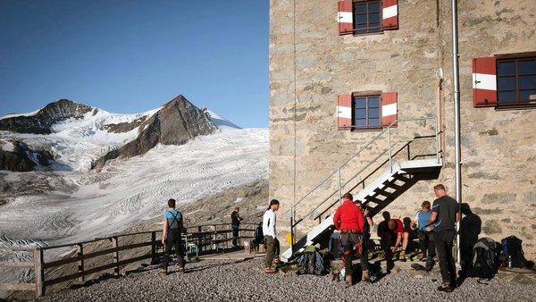 Neue Prager Hütte 2.796 m