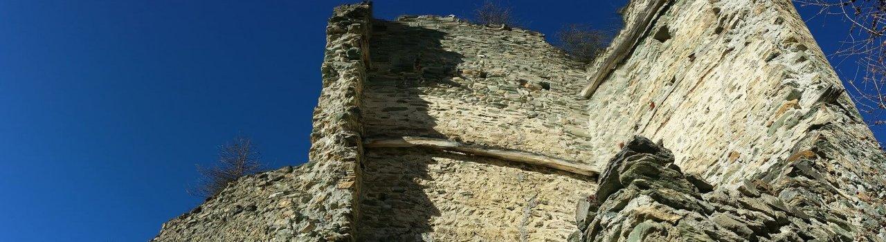 Eine der höchstgelegenen Burgen Österreichs | Ruine Rabenstein in Virgen